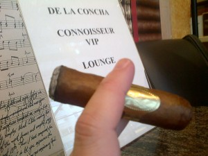 Smoking a Davidoff Puro D'Oro at De La Concha