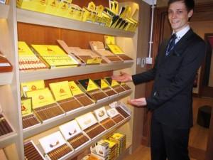 walk-in_humidor_cigar_pipe_specialist_near_yarmouth