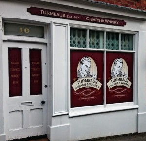 turmeaus_knutsford_cigar_whisky_shop_front