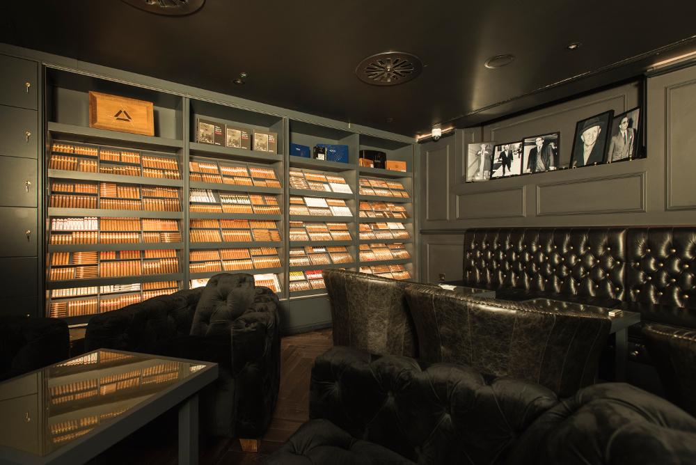 Turmeaus Late Hour Cigar Store Amp Sampling Lounge