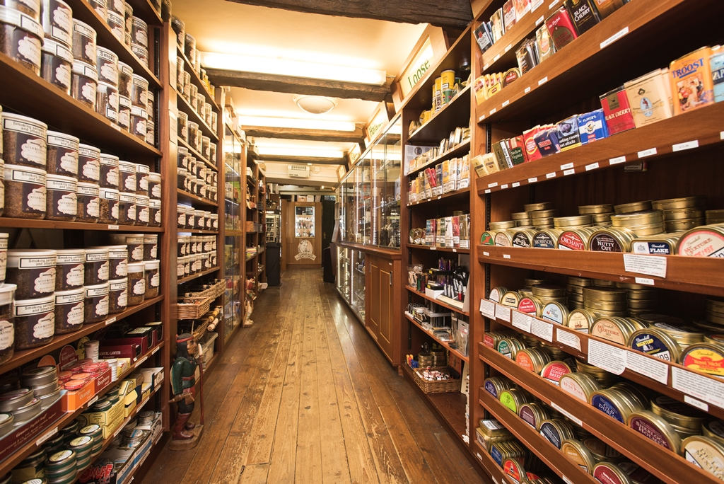 Turmeaus Chester - Cigars & Tobacco