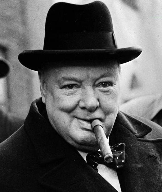 winston_churchill_smoking_cigar.jpg
