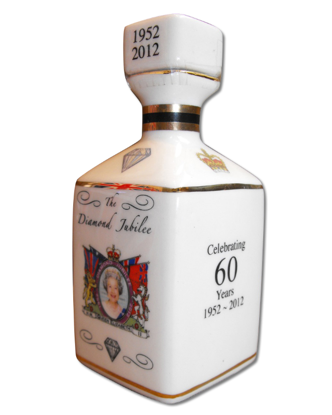 Diamond Jubilee Decanter – Scotch Whisky (40% volume 10cl)