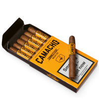 Camacho Connecticut Machitos Cigar - Pack of 6