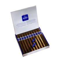 Dunhill Aged Peravias Churchill Cigar - 1 Single
