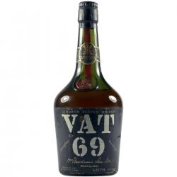VAT 69 1970s Stumpy Bottle Blended Scotch Whisky - 75cl 43%