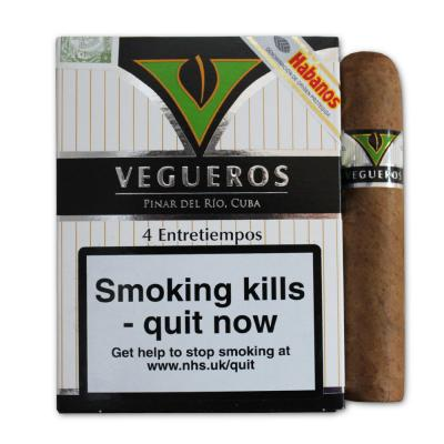 Vegueros Entretiempos Cigar - Pack of 4