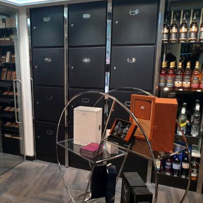 Client Lockers - C.Gars St James's