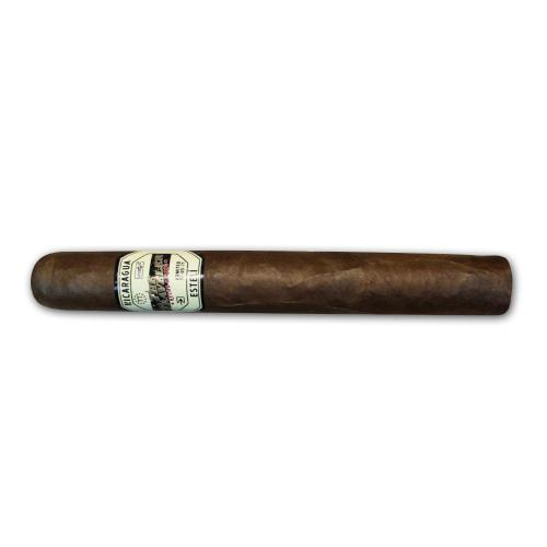 The Traveler JFK Toro Cigar - 1 Single