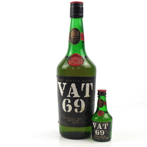 VAT 69 1970s Blended Scotch Whisky including 5cl Miniature - 75cl 40%